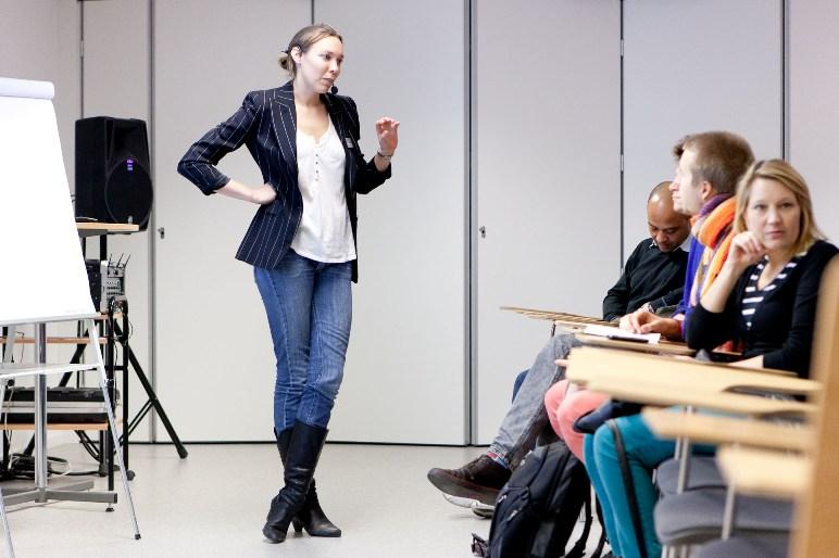 Emma Petersson håller en presentation